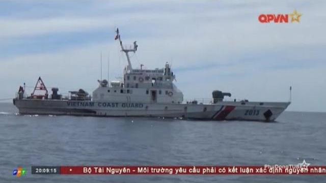 Cảnh sát biển Việt Nam sát cánh hỗ trợ ngư dân trên biển Đông