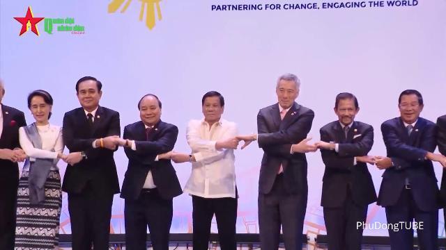 Hoạt động của Thủ tướng Nguyễn Xuân Phúc tại Hội nghị cấp cao ASEAN 2017