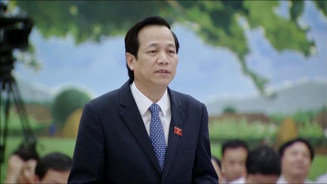 Đại biểu Quốc hội chất vấn Bộ trưởng Bộ Lao động, Thương binh và Xã hội