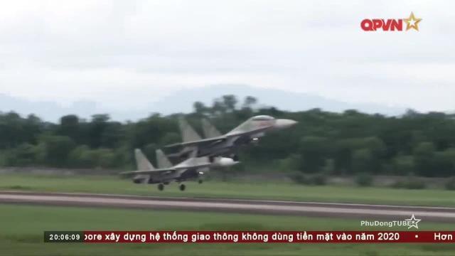 Thời sự Quốc phòng Việt Nam ngày 14/8/2017: Không quân Việt Nam bắn ném đạn thật quy mô lớn