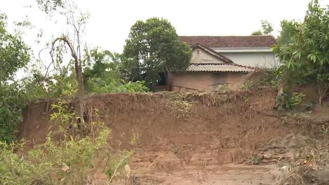 Nhiều tuyến sông bị sạt lở nghiêm trọng, đe dọa cuộc sống của người dân Quảng Trị