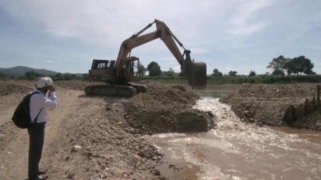 Tin Tức 24h: Kon Tum xử phạt doanh nghiệp khai thác cát trái phép
