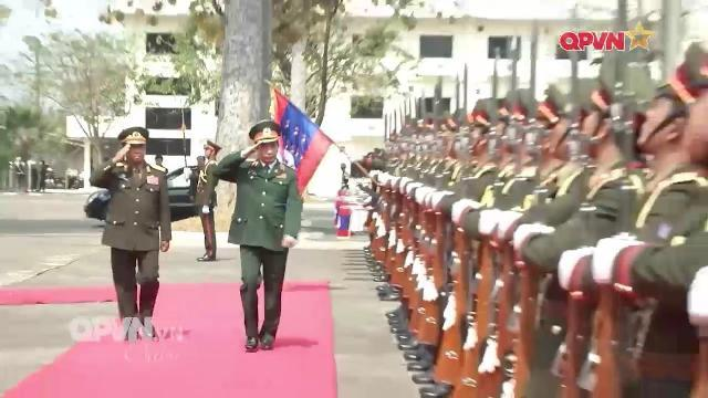 Tổng Tham mưu trưởng QĐND Việt Nam Phan Văn Giang thăm Lào