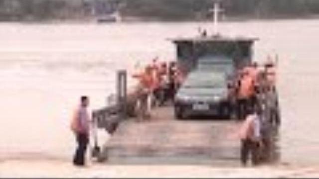 Phóng Sự Việt Nam: Văn hóa giao thông với bình yên sông nước