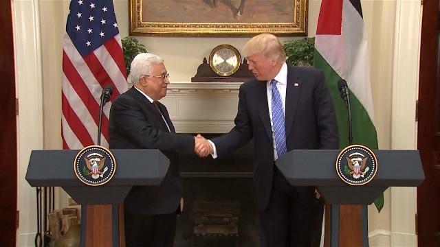 Phóng Sự Việt Nam: Cuộc gặp Trump - Abbas và bàn cờ Trung Đông
