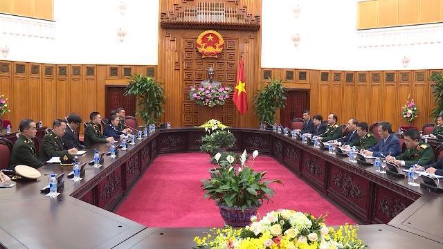 Thủ tướng Nguyễn Xuân Phúc tiếp Tư lệnh Quốc phòng Quân đội Hoàng gia Thái Lan