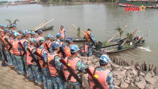 Quân khu 9 huấn luyện chiến đấu trên địa hình sông nước