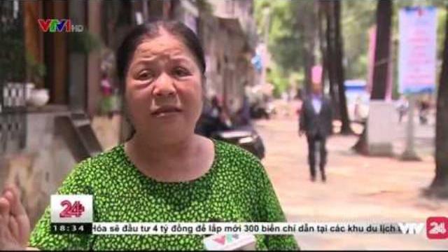 Những người dân ở TP. Hồ Chí Minh cũng phải bắc thang vào nhà | VTV24