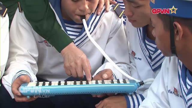 Nhạc cụ giản dị của chiến sĩ Đảo Trường Sa