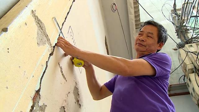 Gần 100 nhà hộ dân ở Hà Nội lún nứt bởi việc xây dựng của hai tòa chung cư