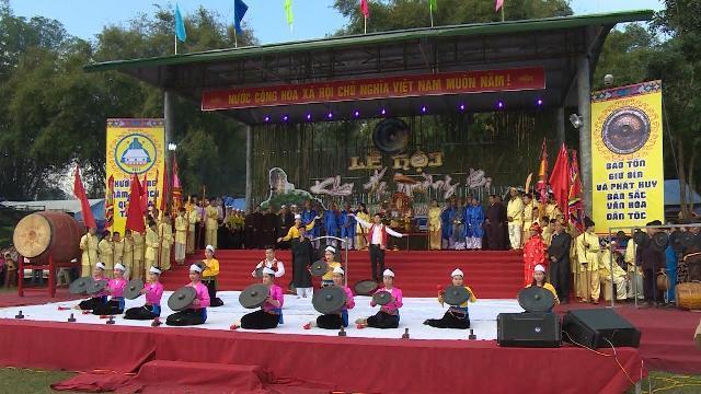 Phóng Sự Việt Nam mới nhất 2017: Lễ Khai hạ của người Mường ở Hòa Bình