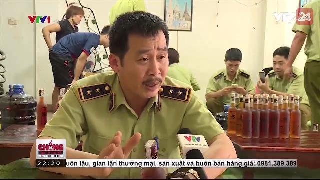 Rượu dán tem giả tại Hà Nội | VTV24