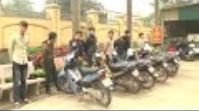Công an triệu tập nhóm thanh niên lạng lách, đánh võng trên quốc lộ 1A tại Nghệ An