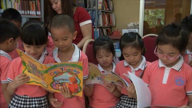 Tin Tức 24h: Cao Bằng khơi dậy niềm đam mê đọc sách cho trẻ em