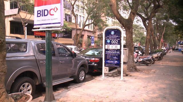 Hà Nội thí điểm dịch vụ trông giữ xe ô tô qua điện thoại di động Iparking