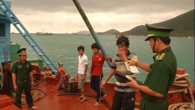 Bà Rịa - Vũng Tàu bắt hai tàu chở dầu DO không rõ nguồn gốc
