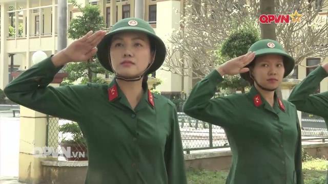 Nữ tân binh quân đội Việt Nam: Bóng hồng trên thao trường