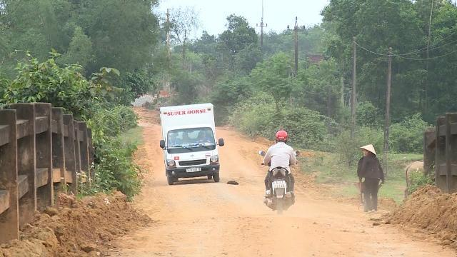 Tin Tức 24h: Mất ATGT từ những tuyến đường liên xã ở Quảng Trị