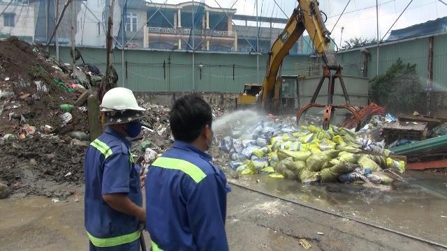 Tin Tức 24h Mới Nhất: Tiêu hủy hơn 20 tấn phân bón kém chất lượng