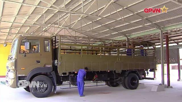 Thời sự Quốc phòng Việt Nam ngày 23/4/2017: Đào tạo lái xe quân sự ở Lữ đoàn vận tải 972