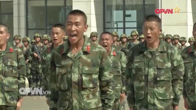 Cảnh sát biển Việt Nam thăm trung tâm huấn luyện CSB Trung quốc tại Nam Hải