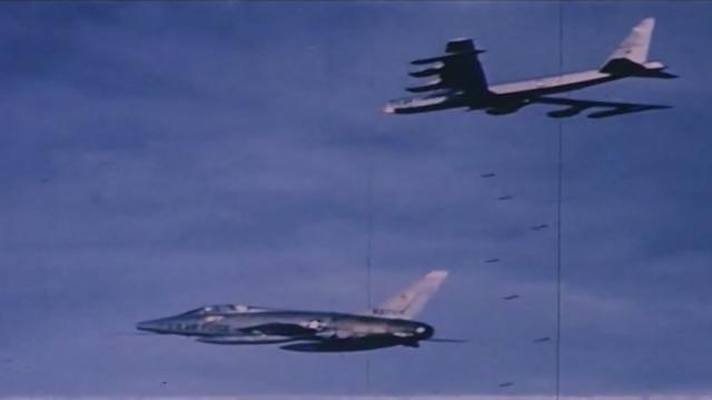 Phóng Sự Quốc Tế: Siêu pháo đài bay B-52