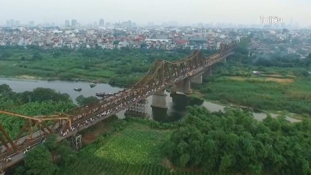 Hà Nội chưa quyết định đơn vị tư vấn lập quy hoạch 2 bên bờ sông Hồng
