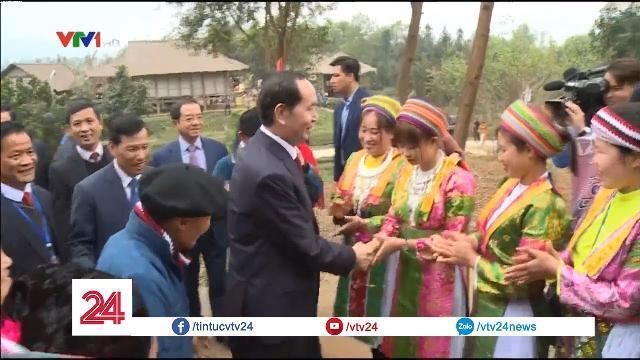 Chủ tịch nước Trần Đại Quang tới thăm Làng Văn hóa Du lịch các dân tộc - Tin Tức VTV24