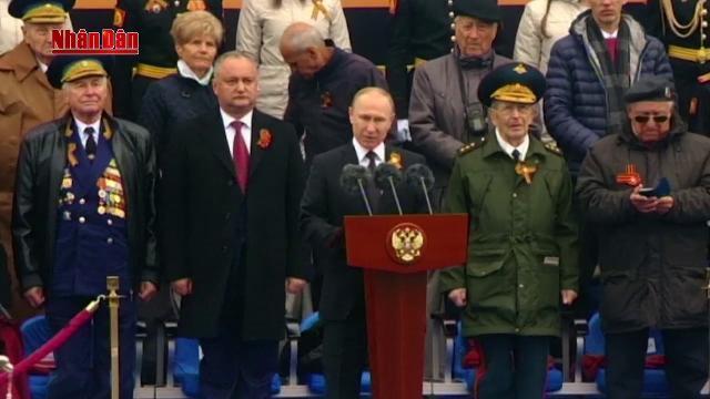 Nước Nga tưng bừng kỷ niệm 72 năm Ngày Chiến thắng vĩ đại