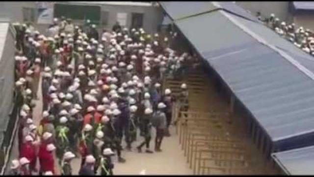 Hàng nghìn công nhân biểu tình tại Công ty Samsung Bắc Ninh