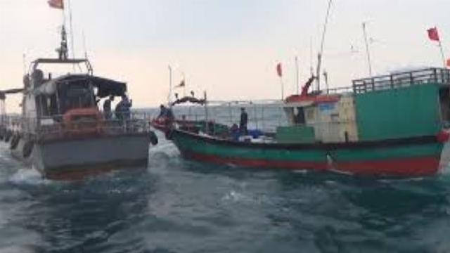 Truy bắt, xua đổi tàu cá Trung Quốc xâm phạm vùng biển Việt Nam