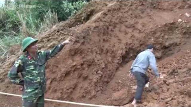 Nghệ An dùng gần nửa tấn thuốc nổ phá hầm vàng