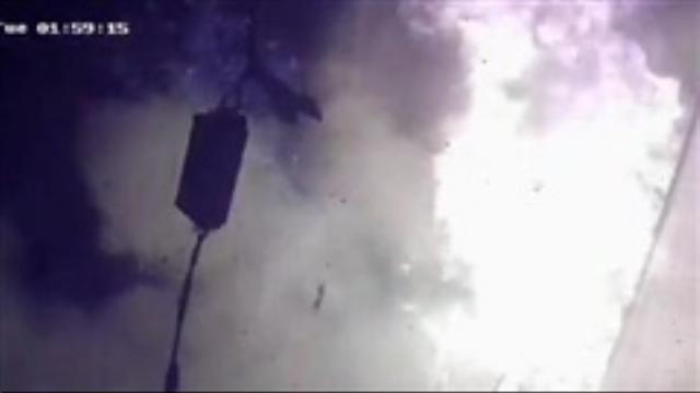 Video: Bọc thuốc nổ như bom trước của nhà dân ở Hà Nội