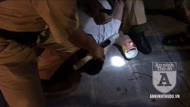 Cảnh sát 141 dùng võ thuật áp chế tội phạm vận chuyển ma túy