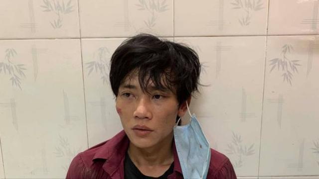 Cảnh sát hình sự truy đuổi kẻ cướp dây chuyền trên đường Sài Gòn