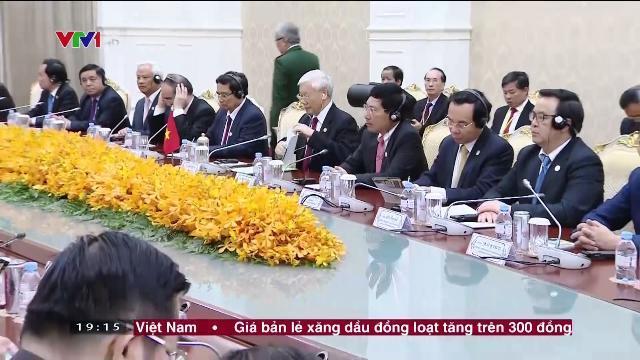 Tổng bí thư Nguyễn Phú Trọng hội kiến Thủ tướng Campuchia