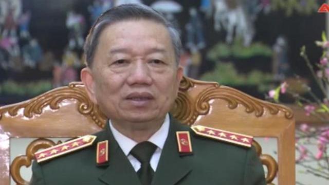 Bộ trưởng Tô Lâm chúc mừng năm mới