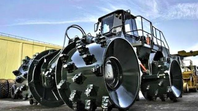 Những cỗ máy tuyệt vời - Amazing Mega Machines Compilation