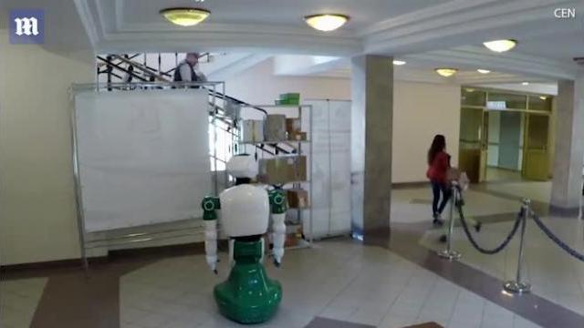 Robot Nga bất ngờ cứu bé gái dù không được lập trình