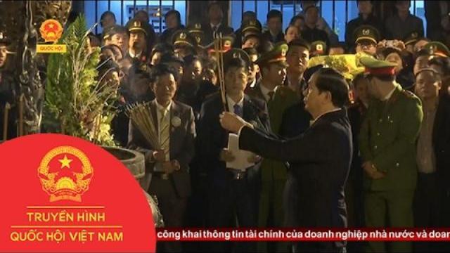 Hàng ngàn du khách tham dự lễ khai ấn đền Trần, Nam Định