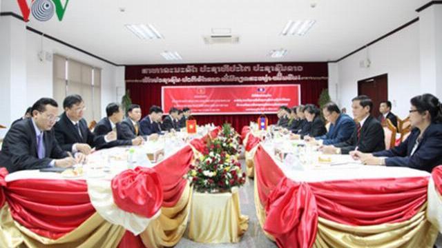 Ông Võ Văn Thưởng hội đàm tăng cường quan hệ Việt Lào
