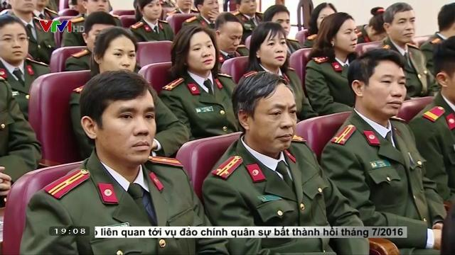 Chủ tịch nước Trần Đại Quang làm việc với các lực lượng vũ trang