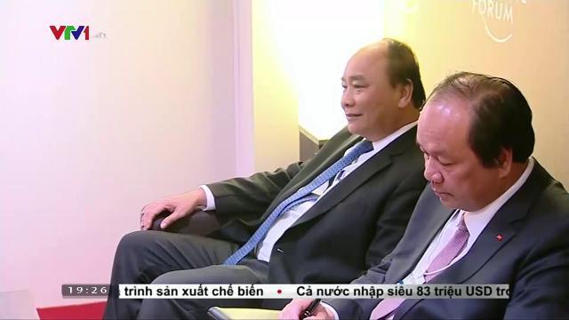 Thủ tướng Nguyễn Xuân Phúc tiếp Chủ tịch tập đaoàn Alphabet và Qualcomm