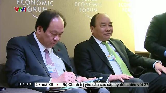 Thủ tướng Nguyễn Xuân Phúc tiếp Chủ tịch ngân hàng Standard Chartered