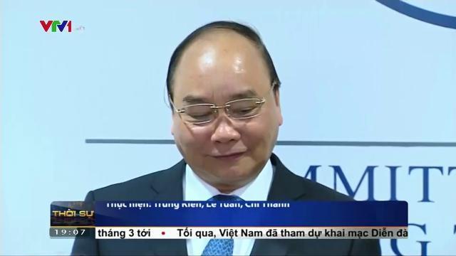 Thủ tướng Nguyễn XUân Phúc ký thỏa thuận hợp tác giữa Việt nam và diễn đàn kinh tế thế giới
