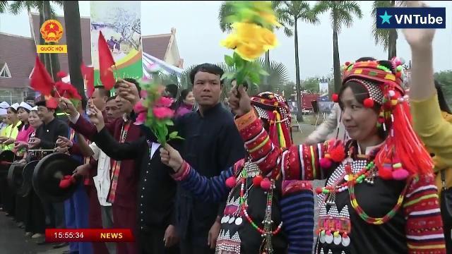 Chủ tịch nước Trần Đại Quang: Cần hỗ trợ đồng bào các dân tộc phát triển kinh tế xã hội
