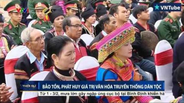 Chủ tịch nước Trần Đại Quang ném còn cùng đồng bào các dân tộc