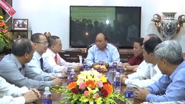 Thủ tướng Nguyễn Xuân Phúc thăm doanh nghiệp đứng đầu về xuất khẩu thủy sản