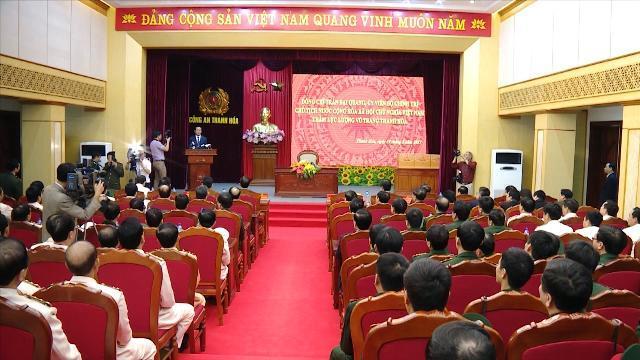 Chủ tịch nước Trần Đại Quang thăm và làm việc với lực lượng vũ trang tỉnh Thanh Hóa