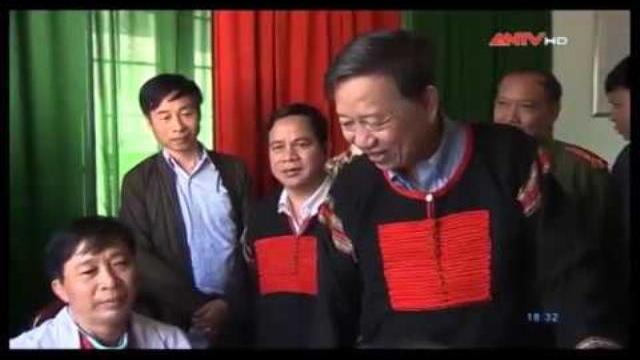Bộ trưởng Tô Lâm thăm đồng bào các dân tộc tại xã Hòa Đông